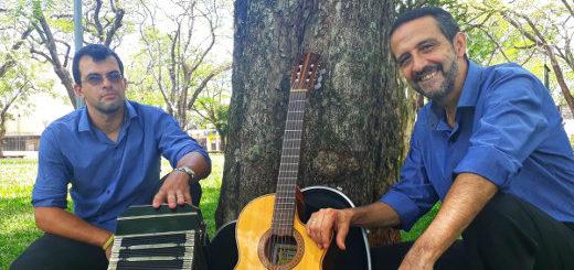 """El dúo """"Un Fuelle y una Guitarra"""" se presentan a pura música regional en la semana aniversario de la Peña"""