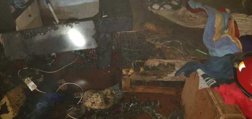 Posadas: su hijo se olvidó la estufa enchufada, se cayó sobre un colchón y se le incendió la vivienda