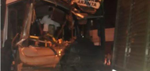 Video: así fue el momentodel accidente entre el colectivo y el camión sobre Quaranta y Jauretche