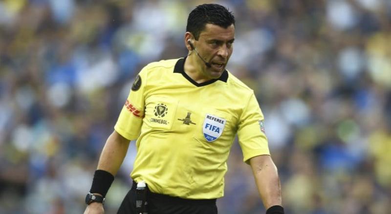 Copa América: Tobar será el árbitro de Argentina-Colombia