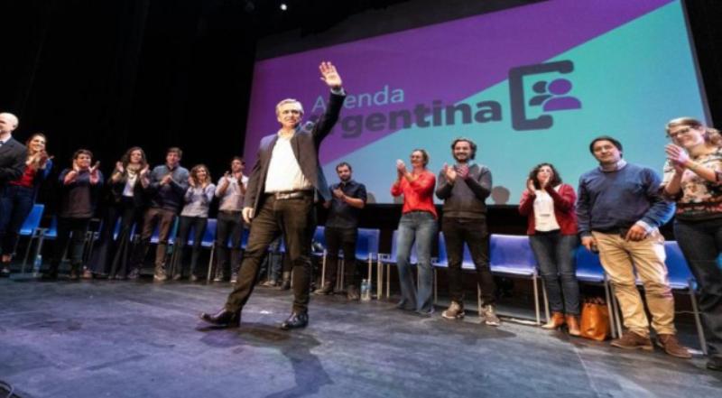 """Alberto Fernández: «La Argentina que nos merecemos no es la Argentina de Macri"""""""