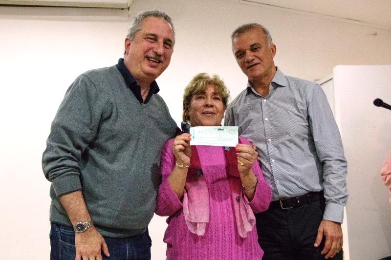 «Tenemos un IPS ordenado que nos permite dar respuestas concretas a la gente», subrayó Passalacqua al entregar créditos a jubilados