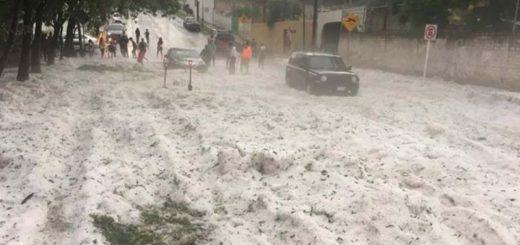 Insólita granizada en Guadalajara y Tlaquepaque: montañas de hielo y caos
