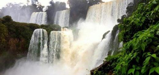 Cataratas cerró un muy buen fin de semana largo y aguarda el inicio de Iguazú en Concierto este martes