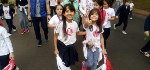 La escuela Jardín Modelo celebró sus 66 años con una caminata solidaria