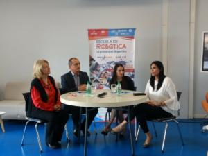 La Escuela de Robótica firmó un convenio de colaboración con el Instituto Albert Einstein de La Rioja