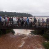 Desde Cataratas afirman que el caudal del agua es normal y que todos los paseos están habilitados
