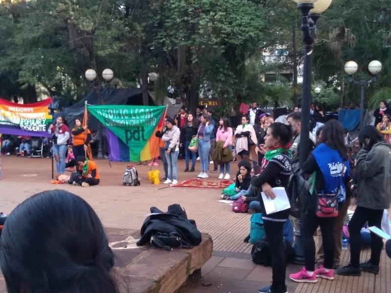 Posadas se sumó a la movilización nacional en un nuevo aniversario del #NiUnaMenos