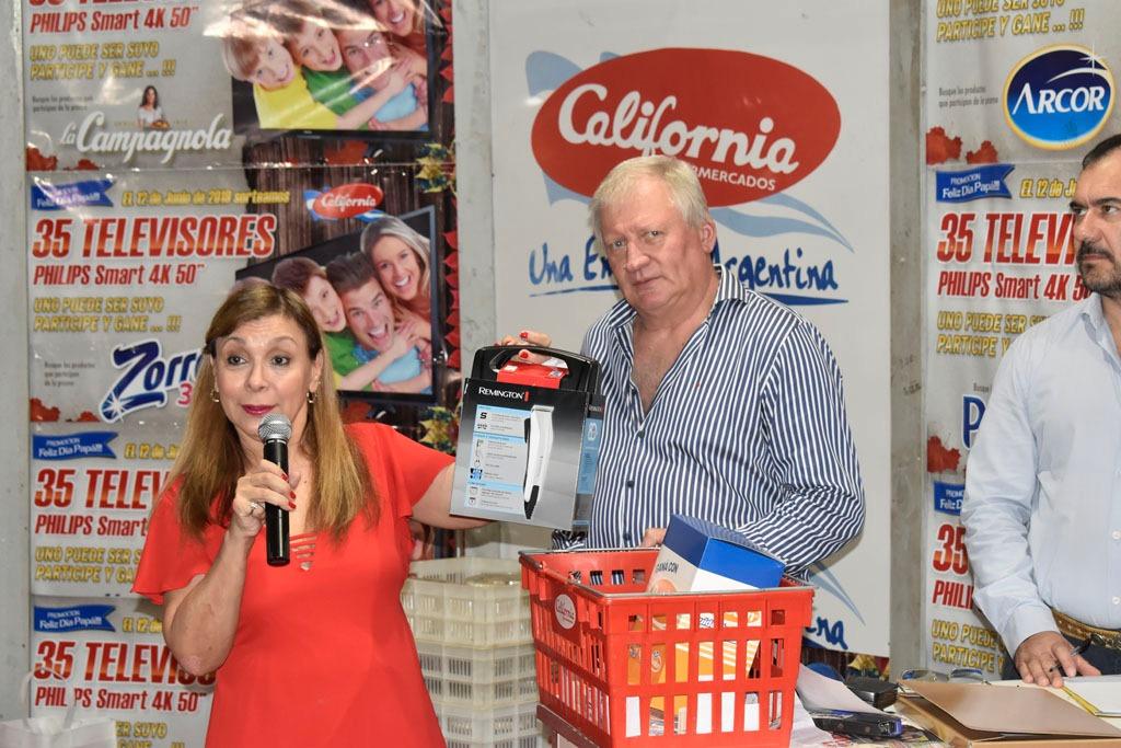 California Supermercados entregó 35 televisores de 50 pulgadas entre sus clientes por el Día del Padre