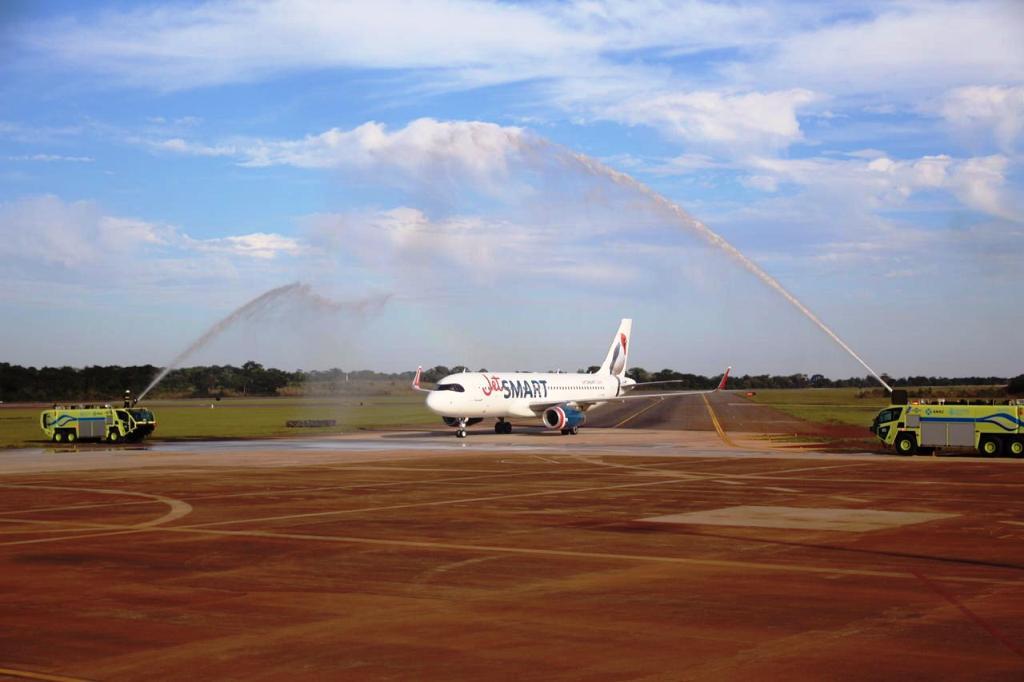 Efecto Maravilla: Iguazú pasó de tener 12 vuelos diarios a 25 en cuatro años