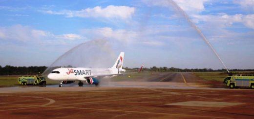 Llegó el primer vuelo de Jet Smart a Iguazú