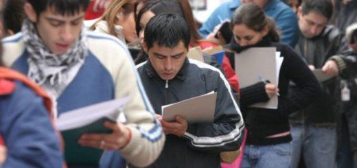 Se perdieron 204.000 puestos de trabajo registrados en el último año