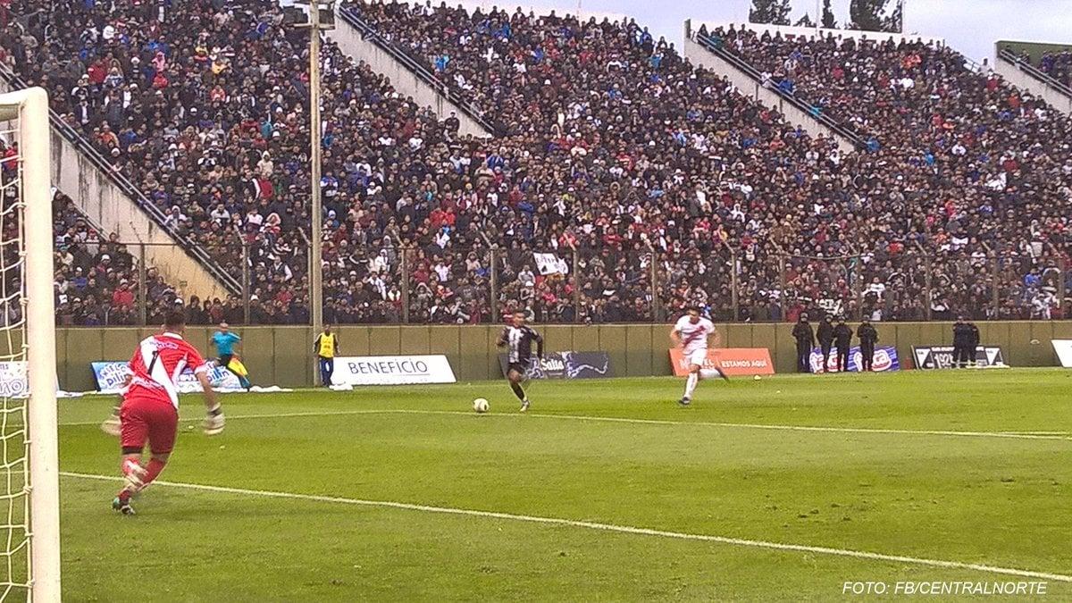 Con este otro gol de Diego Núñez, Guaraní se quedó sin Federal A