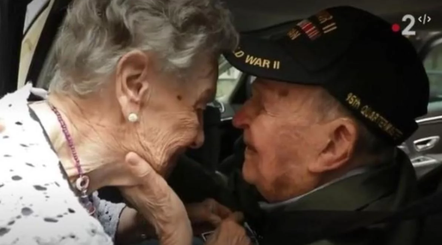 Historia viral: se enamoraron durante la Segunda Guerra Mundial y se reencontraron 75 años después