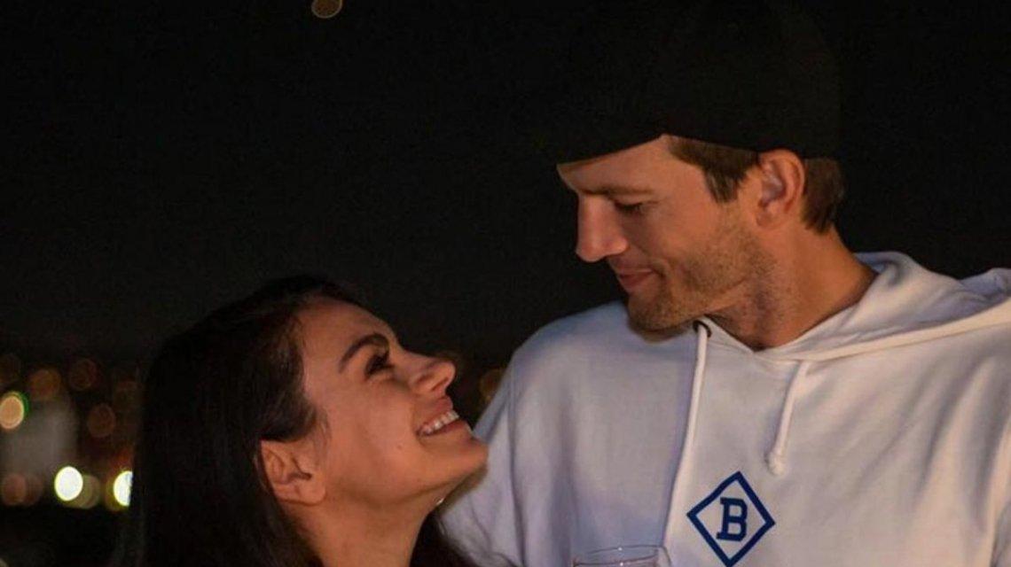 """Mila Kunis y Ashton Kutcher cantaron """"La vaca Lola"""" y el video es furor en las redes"""