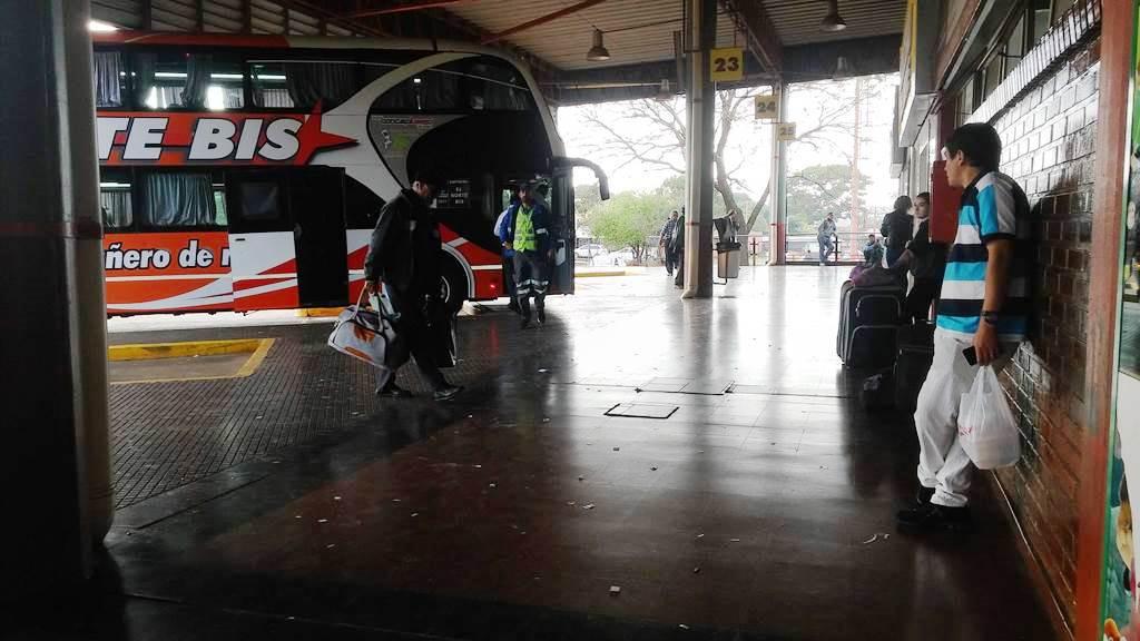 Paro de UTA: el servicio de colectivos de corta y media distancia vuelve a normalizarse desde la medianoche, aunque el lunes podrían volver las protestas