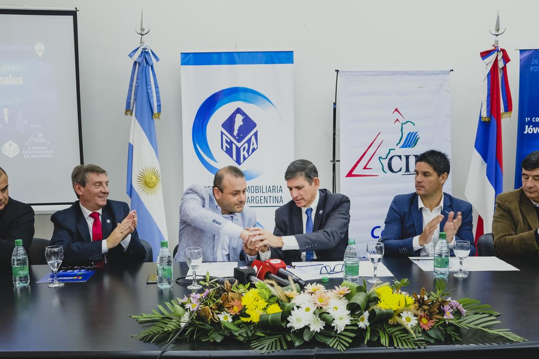 El vicegobernador Oscar Herrera Ahuad valoró la convocatoria al Congreso Inmobiliario