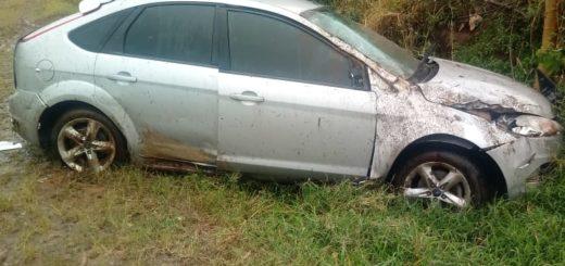 Un conductor despistó e impactó contra un barranco en El Soberbio