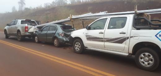 Oberá: triple colisión en la ruta 14 dejo daños materiales