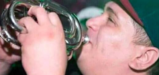 """El papá del trompetista de """"El Pepo"""" que murió en el accidente rompió el silencio: """"Fue a trabajar y volvió en un ataúd"""""""