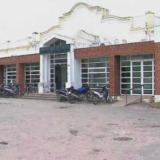 Conmoción en Luján: buscan un bebé en las vías del tren tras escuchar sus llantos