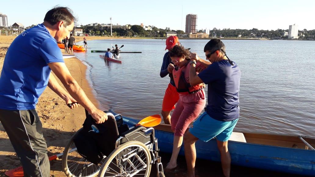 Escuela de canotaje adaptado en Posadas, un espacio de inclusión para las personas con discapacidad