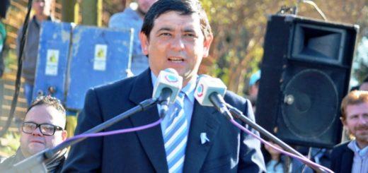 """Losada: """"Entre todos los argentinos unidos debemos luchar por la Patria que soñamos"""""""