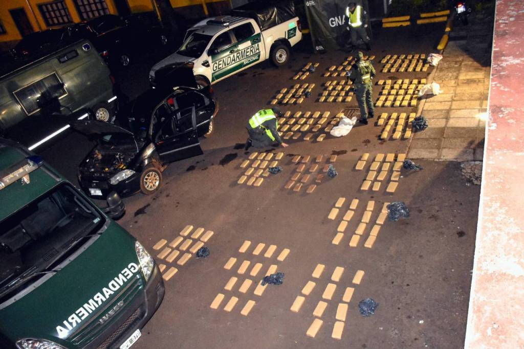 Candelaria: ocultaba más de 198 kilos de marihuana en un automóvil y fue detenido