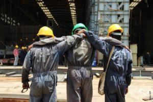 """OIT: """"Más de 2.700 millones de trabajadores en el mundo sufrieron el despido o reducción de sus ingresos laborales por la pandemia de COVID-19"""""""