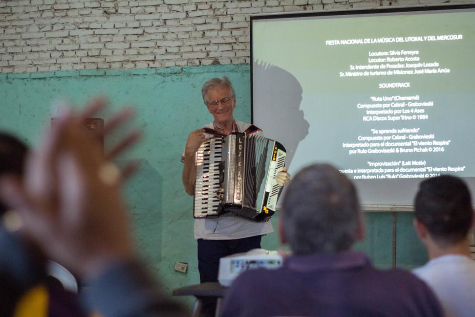 Cine y música de Rulo Grabovieski en la cárcel de Candelaria