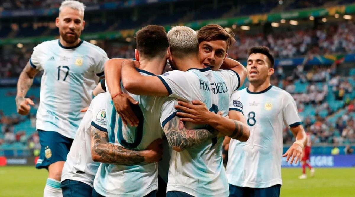 La Selección Argentina vivió una noche agitada en la víspera del partido contra Brasil