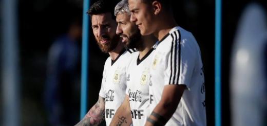 Copa América: Scaloni definirá hoy el equipo para el sábado