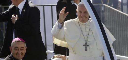 """El Papa Francisco: """"Me gustaría visitar la Argentina el año próximo"""""""