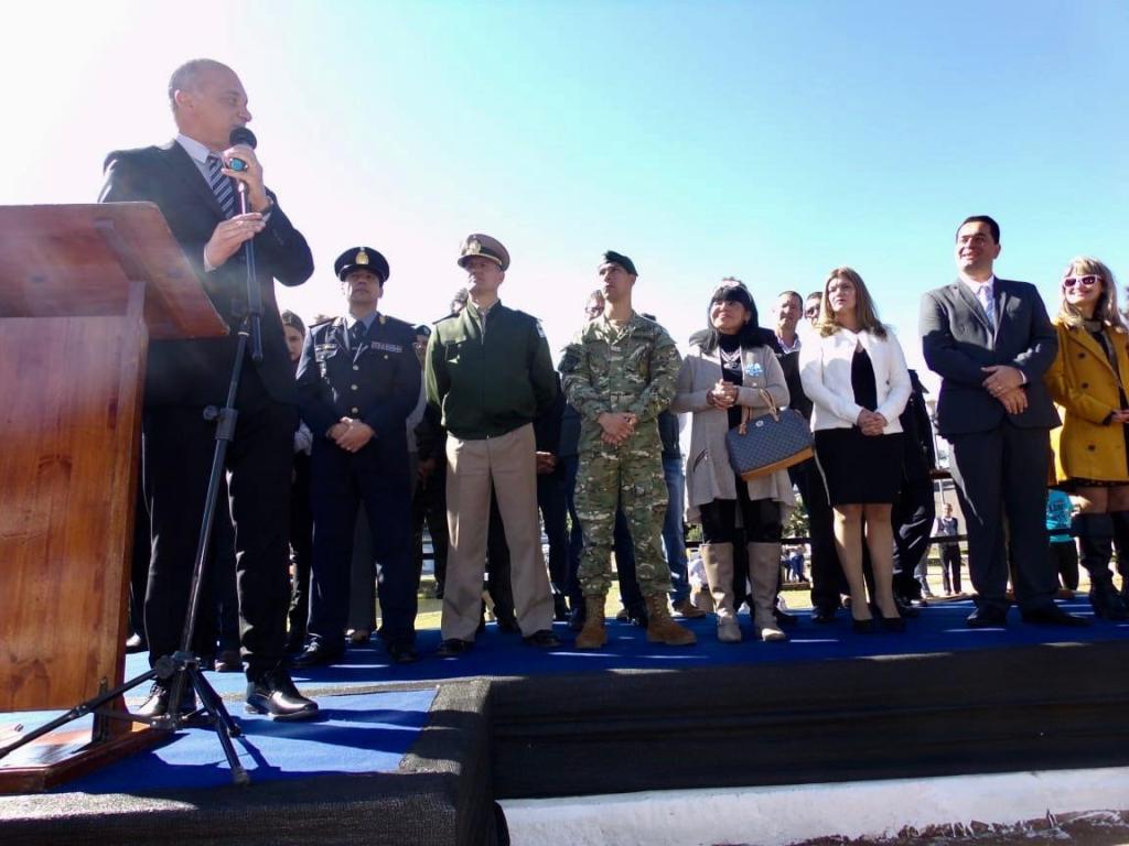 Carlos Arce encabezó el acto celebración de los 98 años de Bernardo de Irigoyen