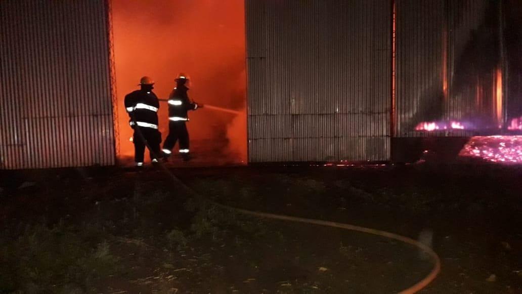 Incendio en un secadero de yerba en Los Helechos dejó daños materiales