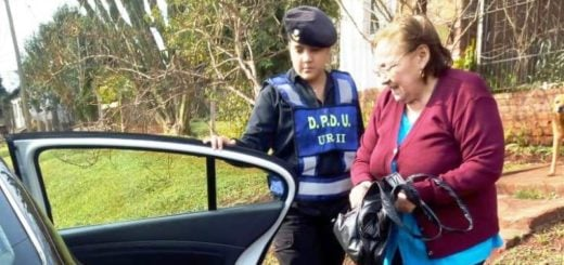Oberá: empleados municipales y policías buscaron a una sexagenaria que extravió dinero y lo devolvieron