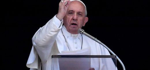 """El papa Francisco rezó por Venezuela y pidió el fin del """"sufrimiento de la gente"""" en ese país"""