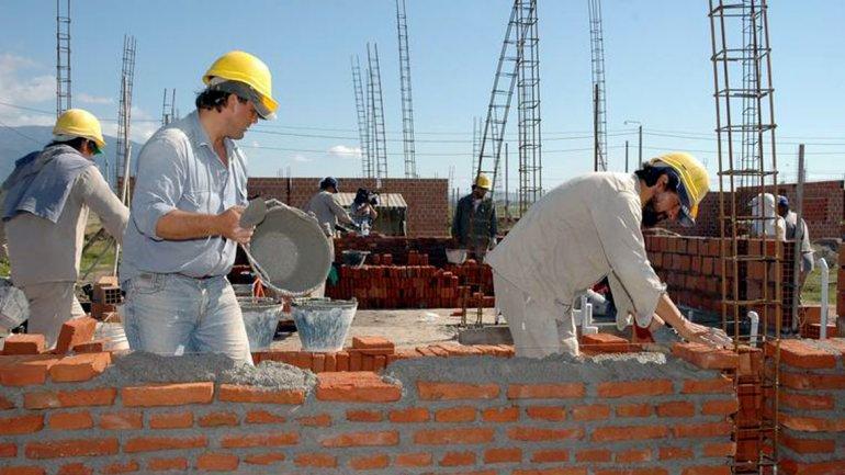 La UOCRA entregará hoy 28 viviendas más en el barrio Itaembé Guazú de Posadas