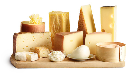 Quesos: ¿Qué nos aportan nutricionalmente y cuáles son los más saludables?