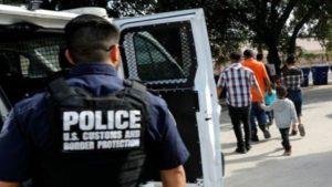 Estados Unidos: comenzaron las redadas para arrestar a miles de inmigrantes indocumentados