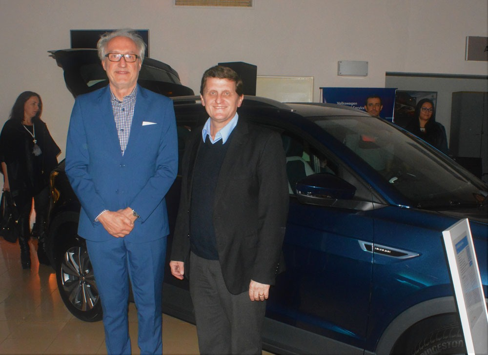 Lowe presentó el flamante T-Cross, el utilitario deportivo de Volkswagen más seguro del mercado