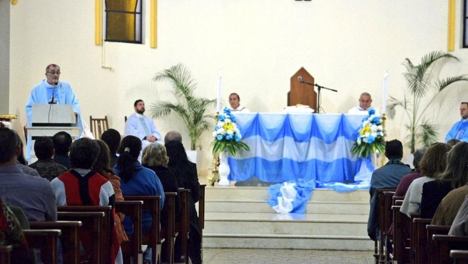 """""""Pidamos a María de Itatí que nos enseñe a tener un corazón solidario"""", expresó el Obispo Martínez en el Tedeum"""