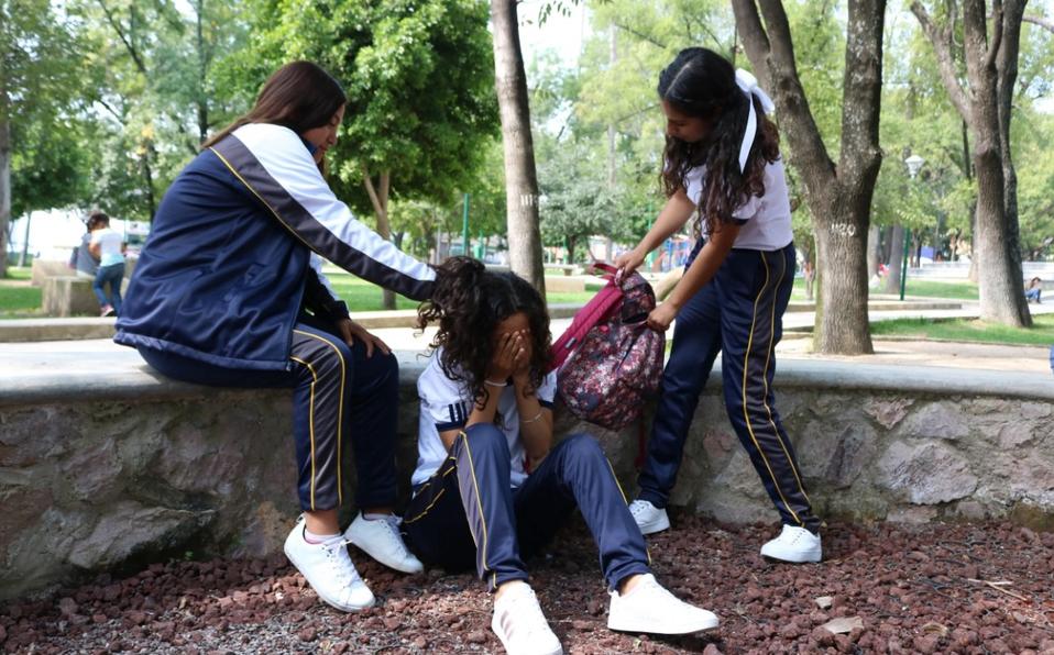Advierten incremento de actos violentos entre alumnas de secundaria