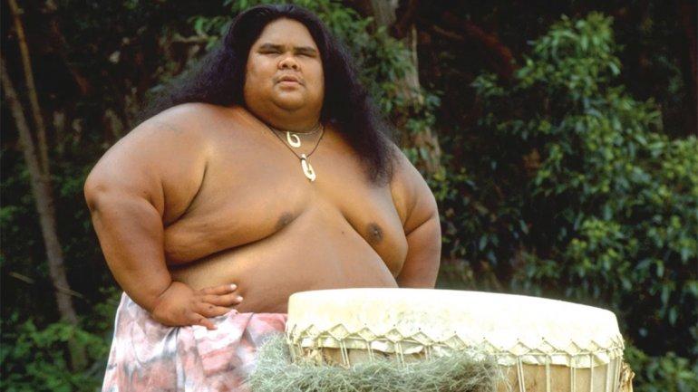 La Historia Del Hawaiano Que Conmovió Al Mundo Con Su Canción Y Su Funeral En El Mar Misionesonline