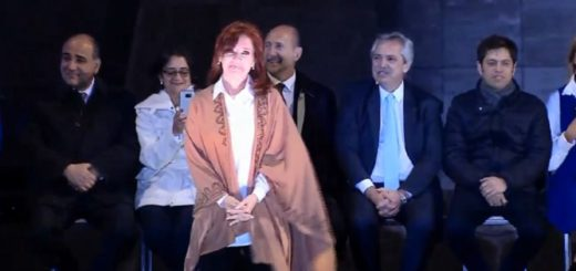 """Cristina Kirchner: """"Quiero que los argentinos vuelvan a ser felices"""""""