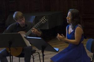 El guitarrista Francisco Alonso estrenará obras del maestro cubano Leo Brouwer en el Cidade