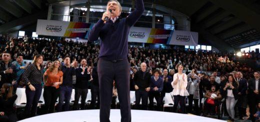 """Macri se emocionó en el cierre de campaña: """"Tal vez estoy más sensible hoy porque es el Día del Gato"""""""