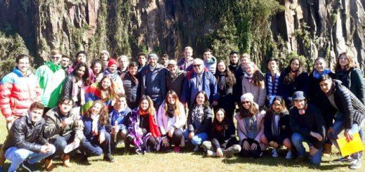 Alumnos de la Facultad de Arte diseñarán obras en la Cascada de la Costanera para la nueva edición del Movilfest
