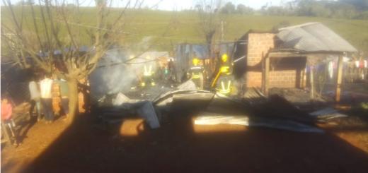 Incendio destruyó una vivienda en San Vicente
