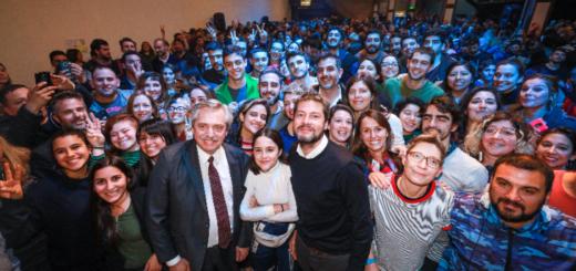"""Alberto Fernández, a los jóvenes: """"No dejen que nadie los domestique ni los haga resignarse"""""""
